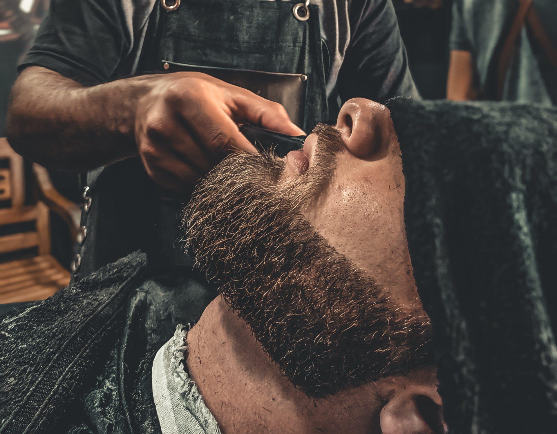 LaCarter przycinanie brody