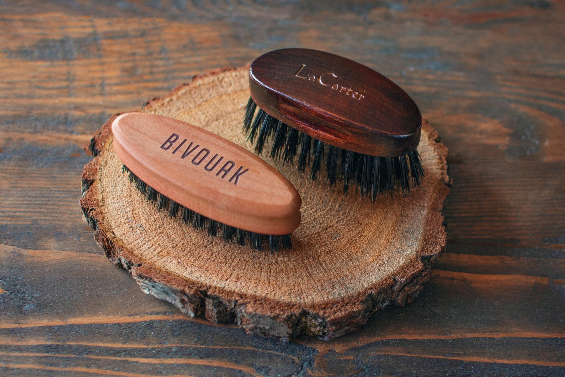 Jak prawidłowo czyścić kartacz do brody, szczotkę i grzebień