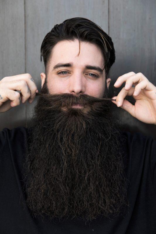 jak wyprostowac brode