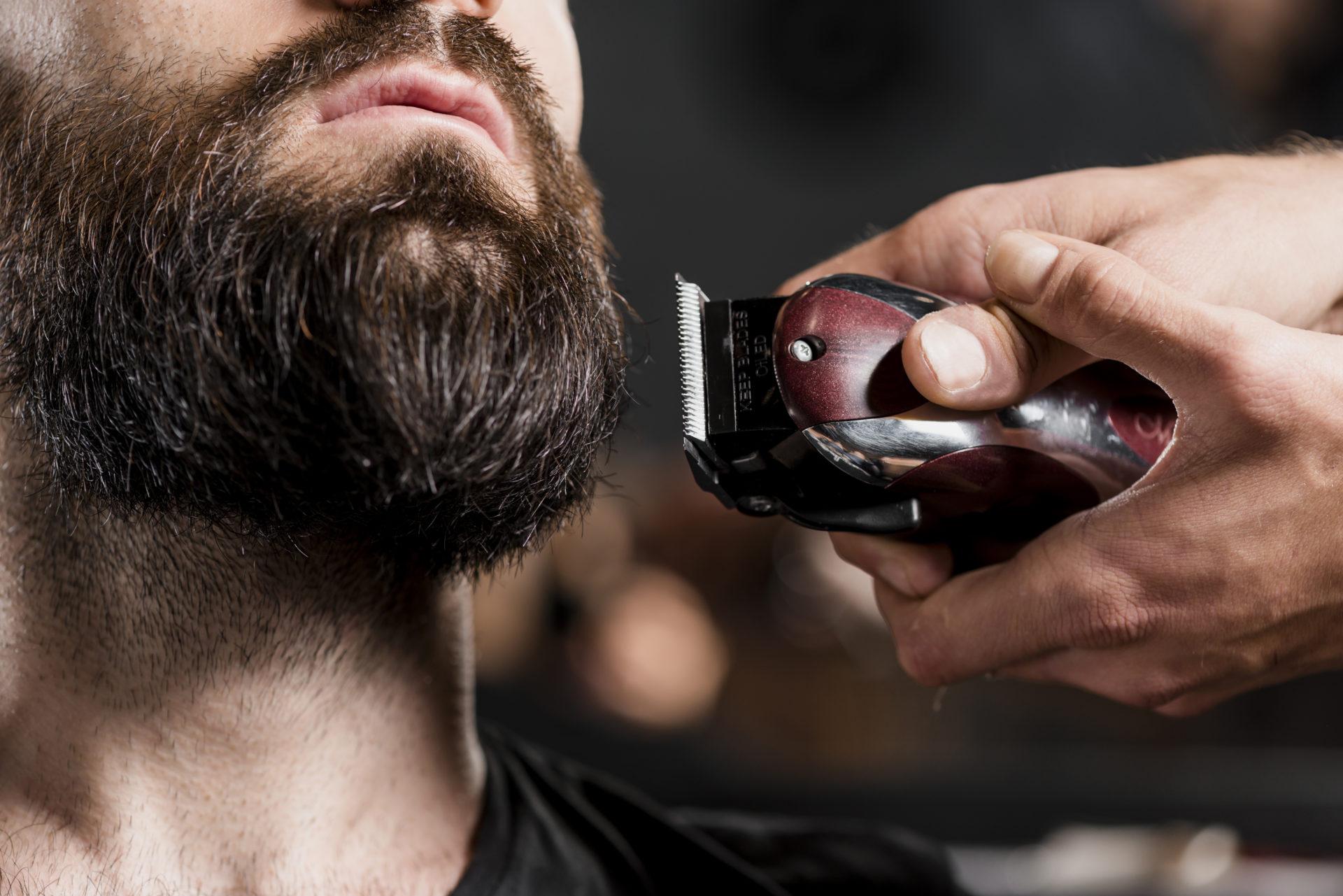 strzyżenie brody trymerem
